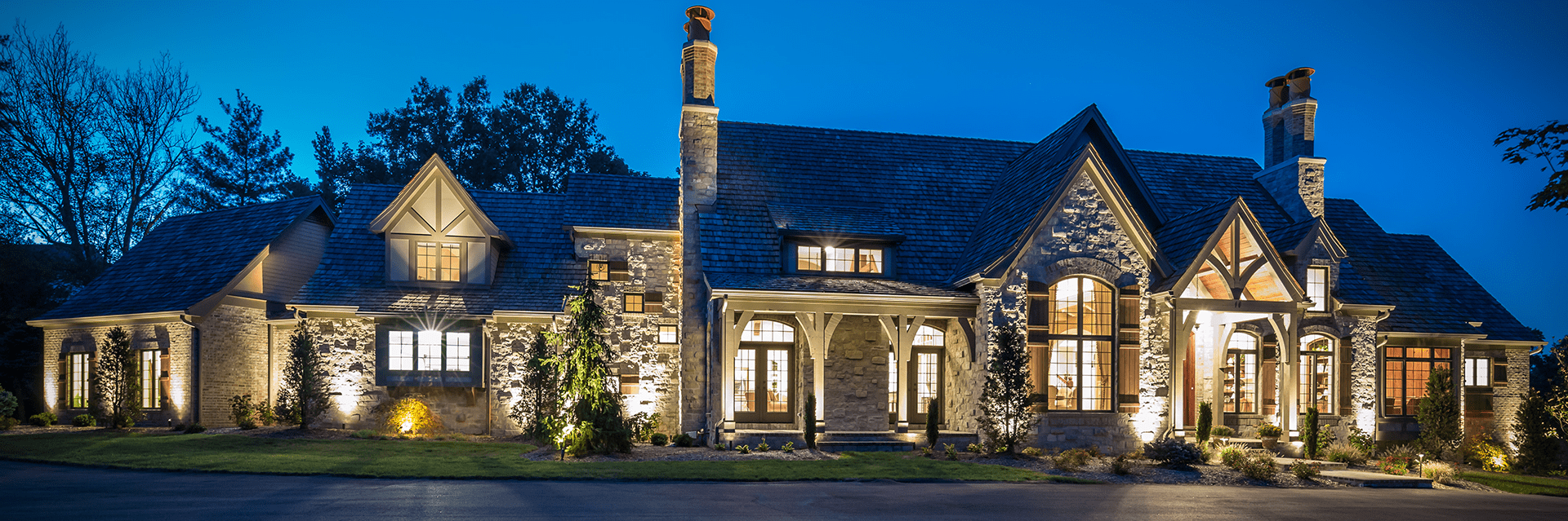 Outdoor Landscape Lighting St. Charles by Frisella Lighting
